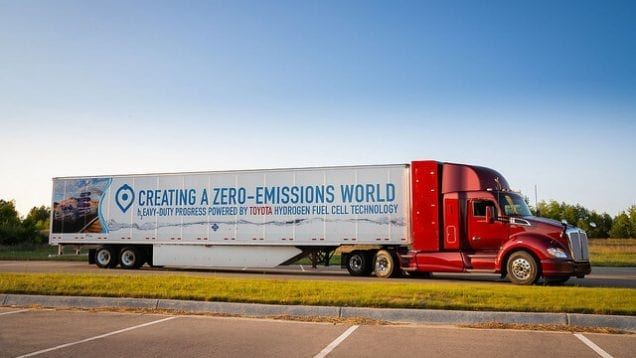 Kenworth T680 emission